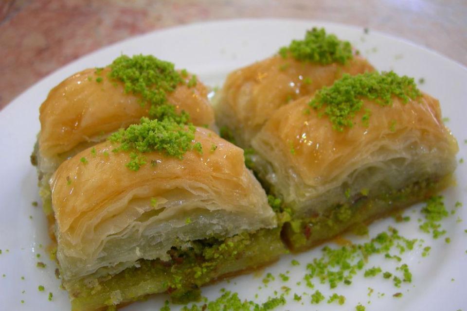 Baklava, kue khas buatan Ibu Mahrez